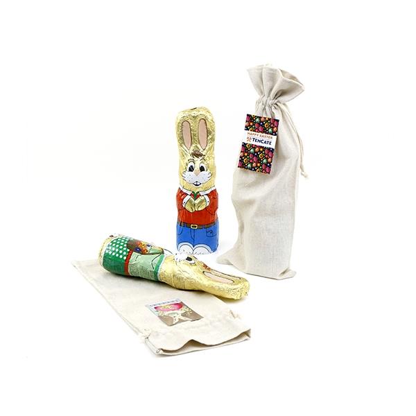 paashaas in linnen tas met fc eigen kaartje